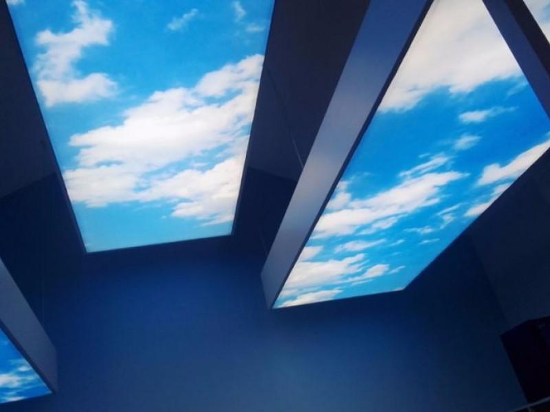 kambarys su sviecianciomis lubomis (8).jpg